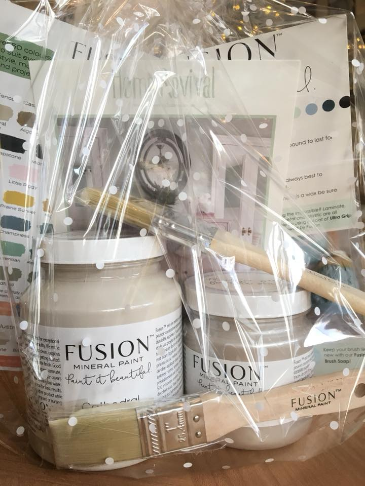 Fusion Christmas gift set for the creative one on your list.