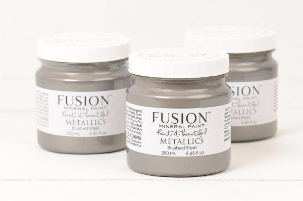 Fusion™ Metallics Brushed Steel