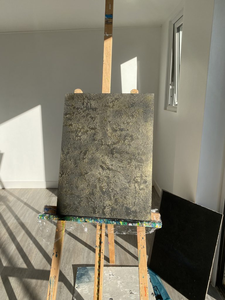 Artist Easel with Whitson plasters finish